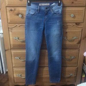 Guess: jeans (size 23-short)